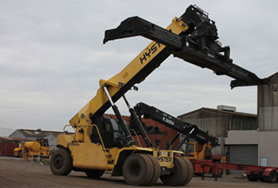 Our Heavy lifting Yardmaster reach-stacker